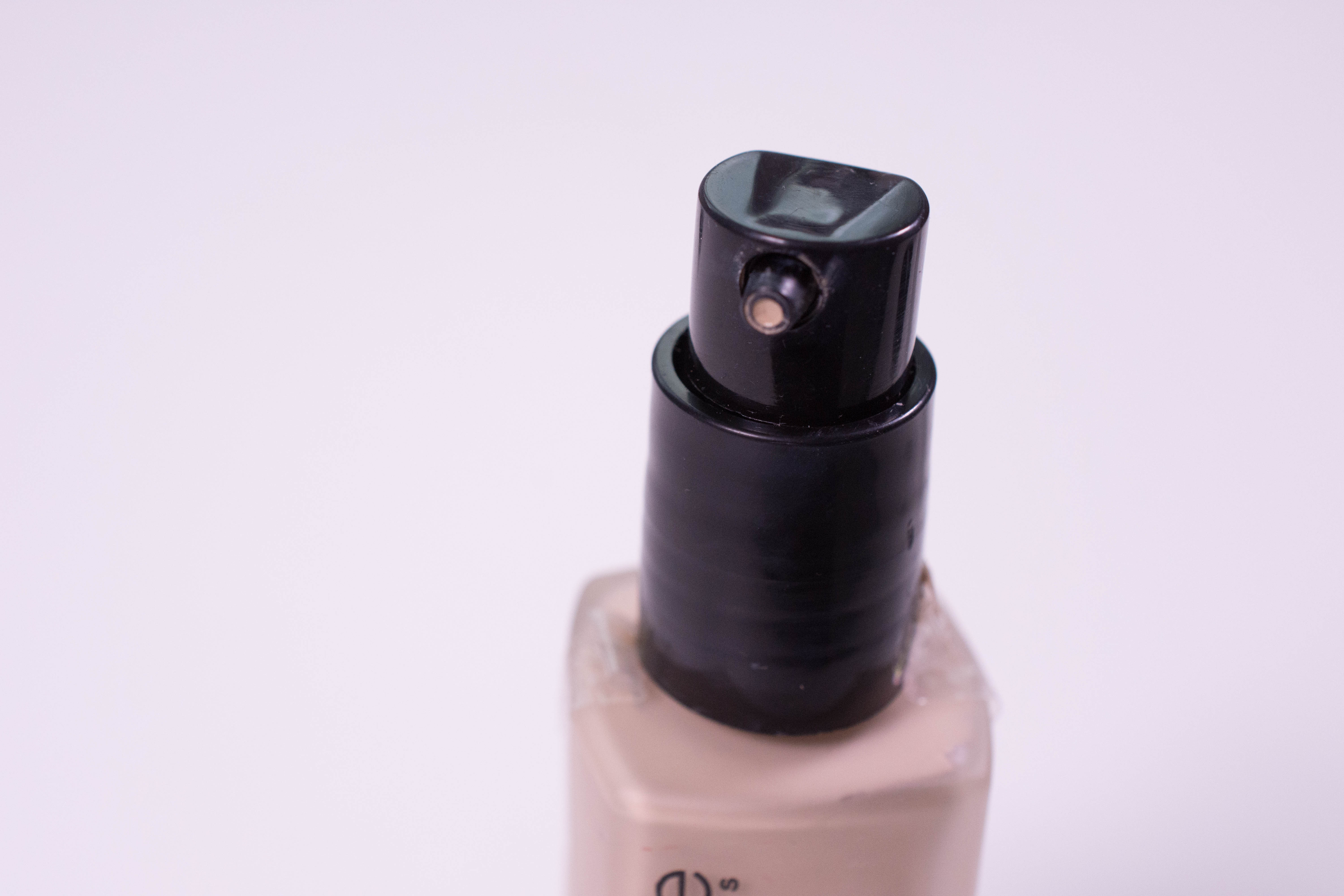 Catrice All Matt plus Shine Control Makeup - It comes with a pump!