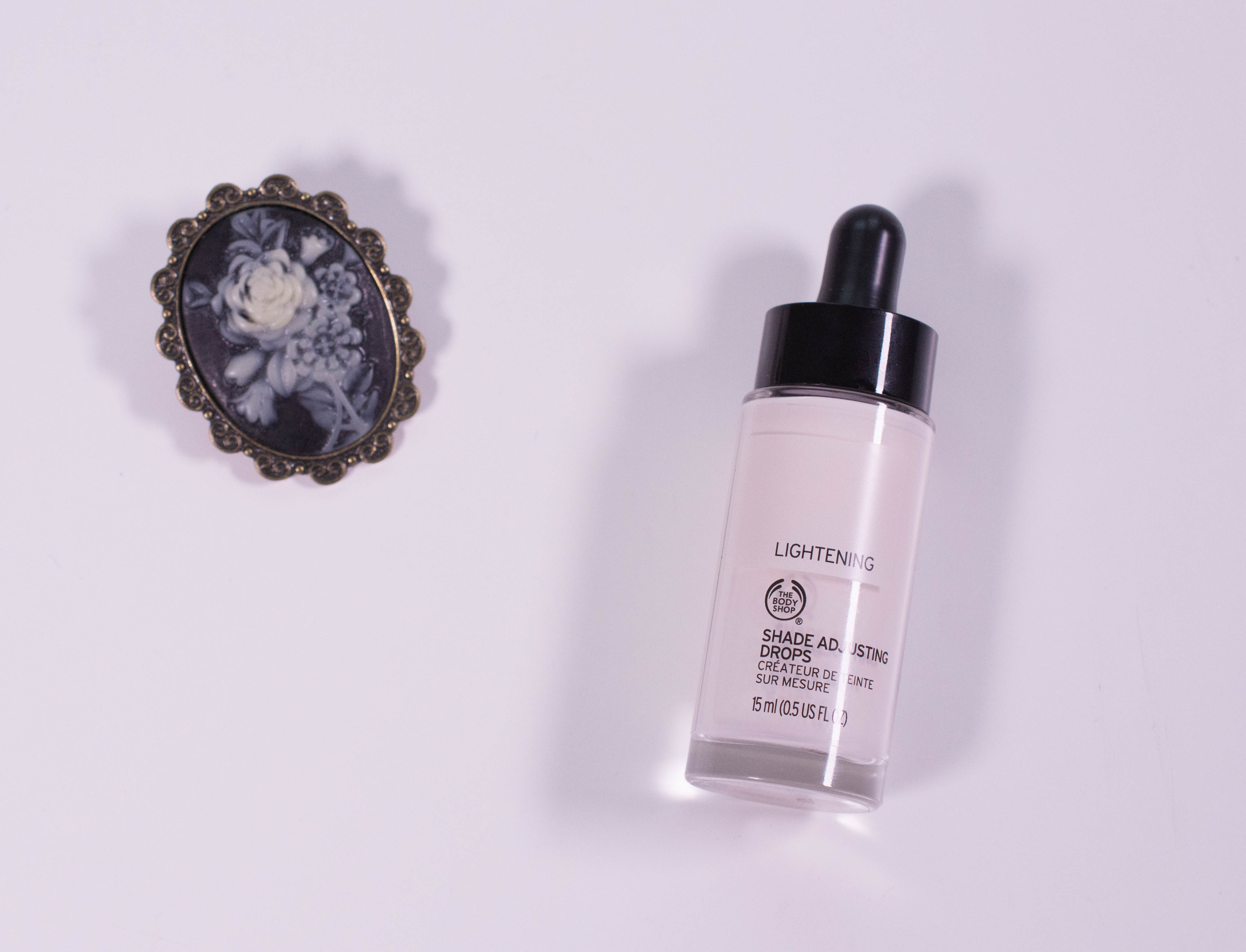 """The Body Shop Shade Adjusting Drops in """"Lightening"""""""
